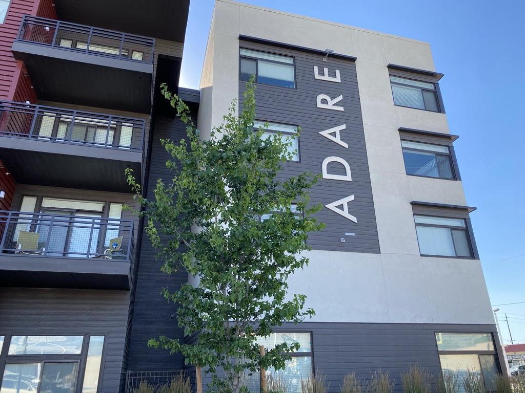 Adare Manor apartments in Boise