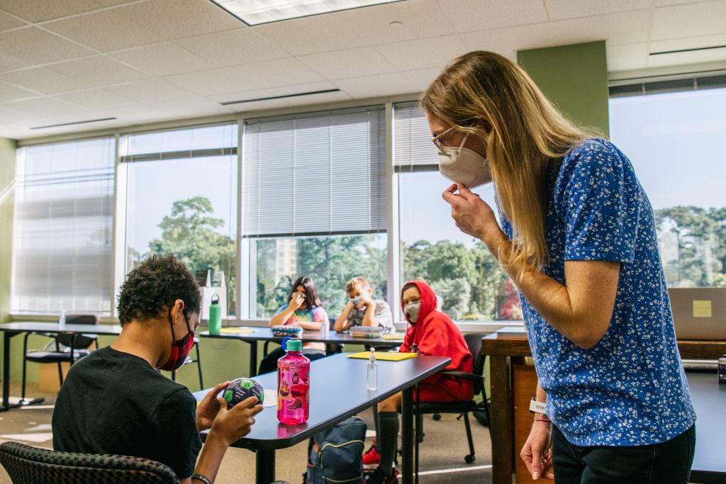 Kids in a Houston classroom wearing masks